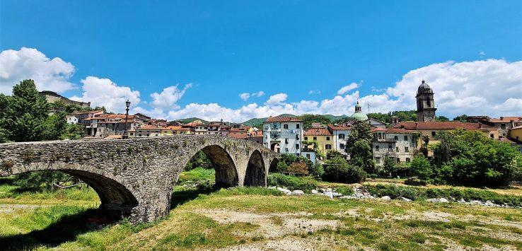 Viaggio in Italia una passeggiata a Pontremoli