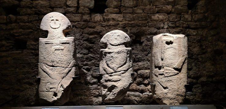 Visitare museo delle statue stele di Pontremoli in Toscana
