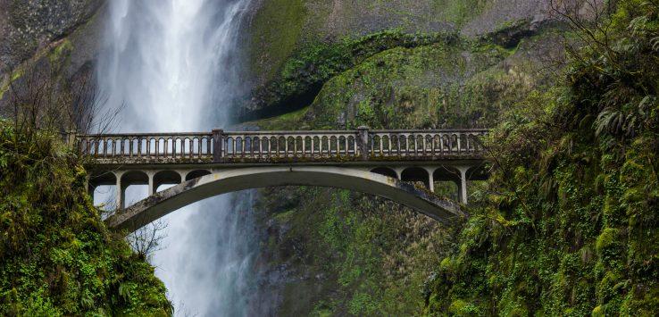Oltre il ponte, sempre.